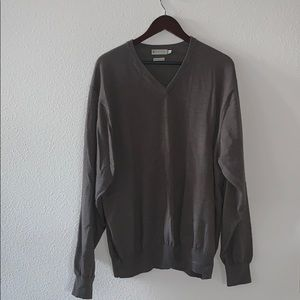 EUC brown V-neck sweater XXL